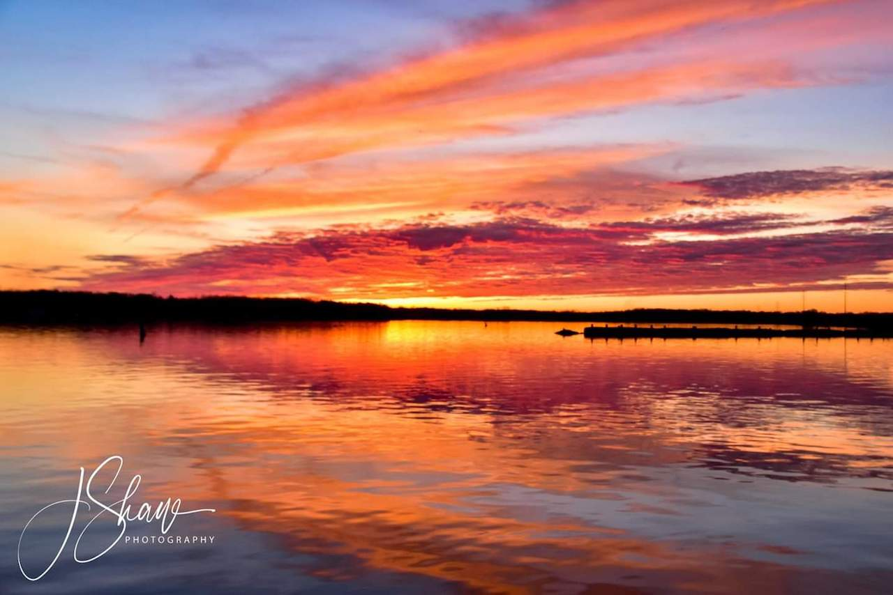 Sunset along Cayuga Lake (photo)